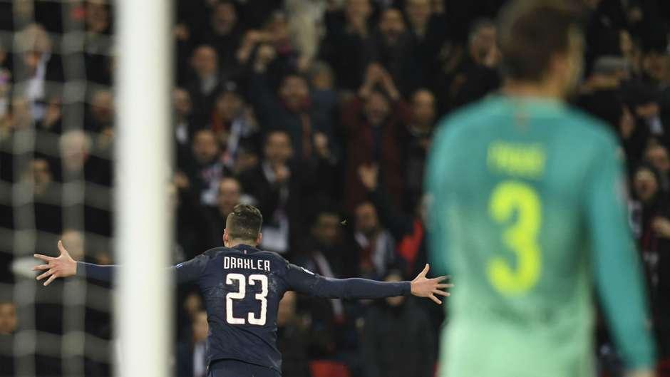 Julian D6raxler PSG Barcelona UEFA Champions League 14022017