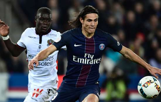 Mourinho keen on PSG hitman Cavani