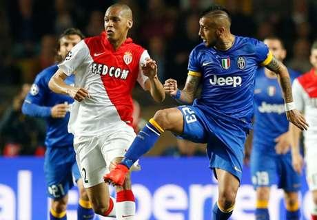 Monaco complete Fabinho signing