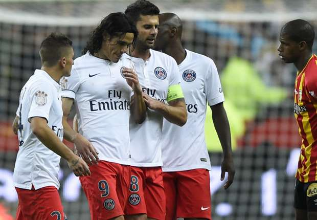 Lens 1-3 Paris Saint-Germain: Three reds given out as champions fight back