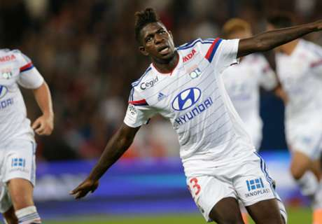 Umtiti flattered by Tottenham links