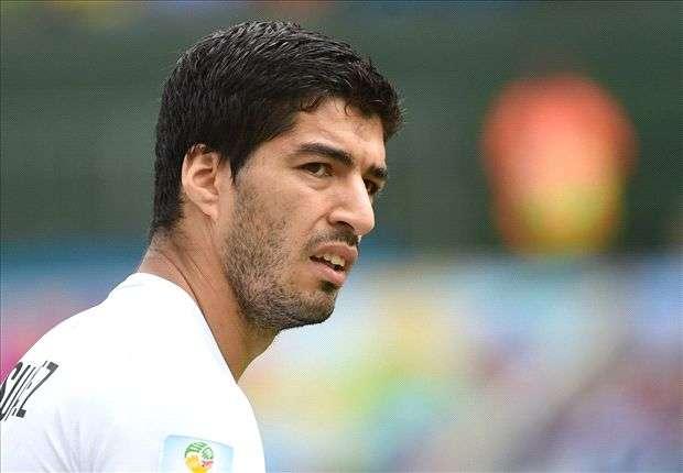 Für Uruguays Luis Suarez kommt es nach der Biss-Attacke ganz dick
