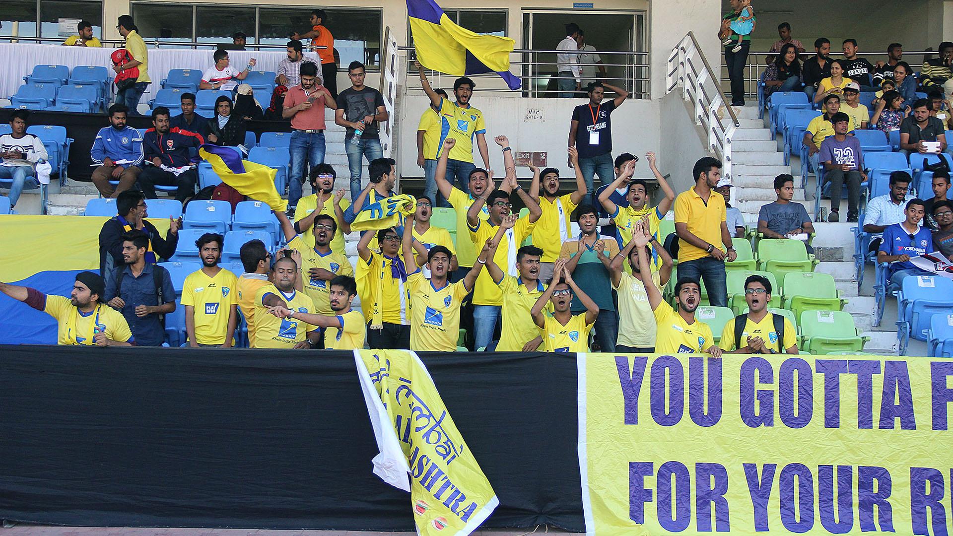 Mumbai FC supporters I-League 2017