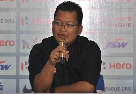 Singto talks poor away form
