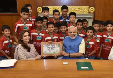 Narendra Modi: Sports teaches you not to lose heart