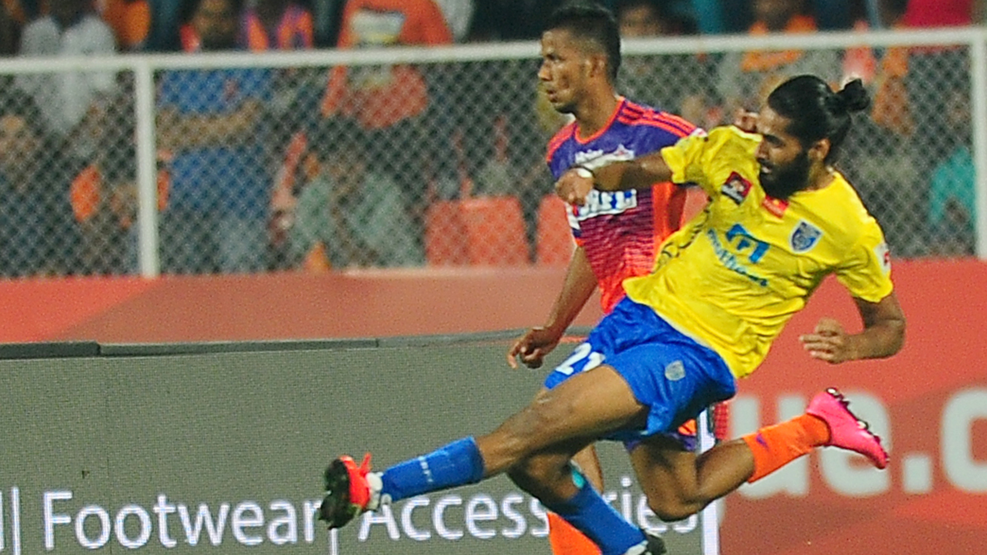 Kerala Blasters inks three-year deal with Jinghan