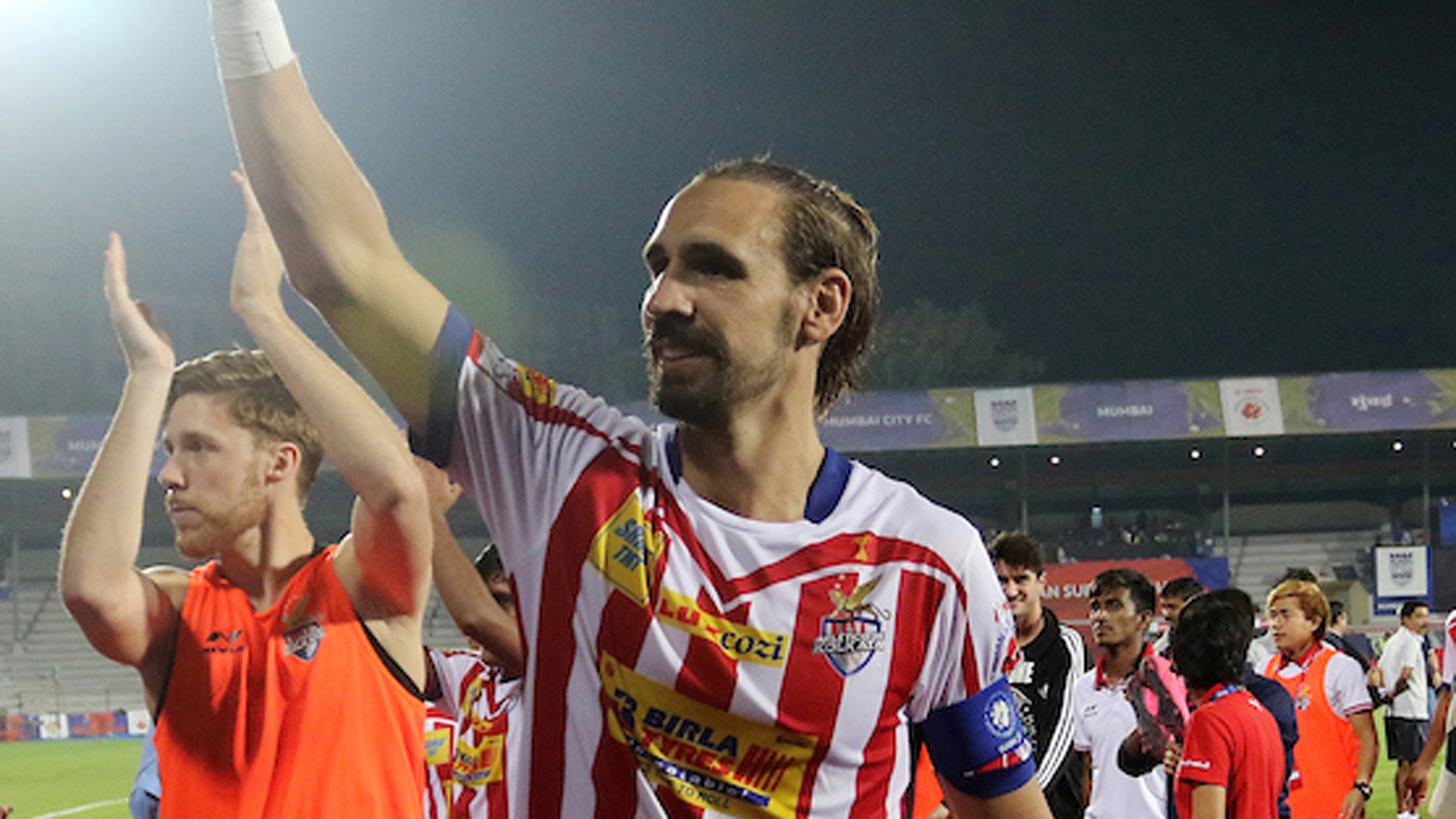 ISL champions ATK reach home city to warm reception