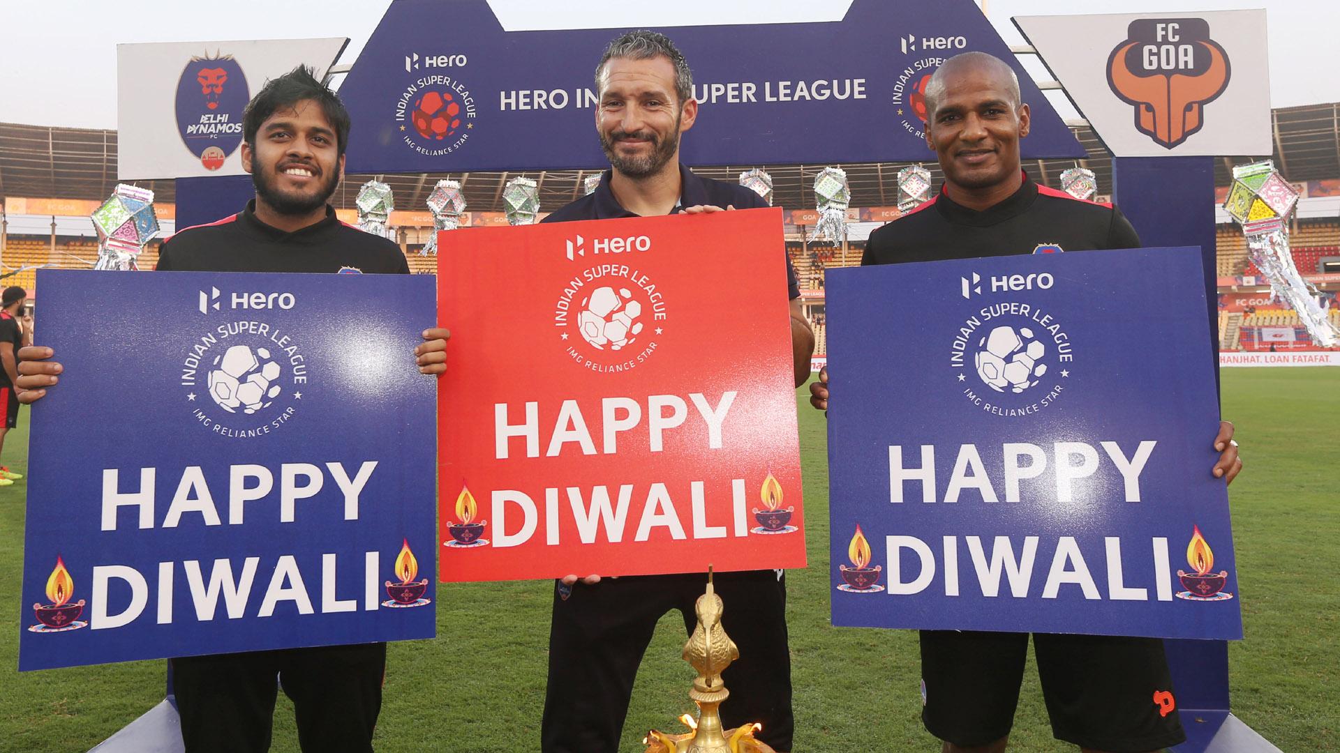 Sauvik Chakraborty Gianluca Zambrotta Florent Malouda FC Goa Delhi Dynamos FC ISL season 3 2016