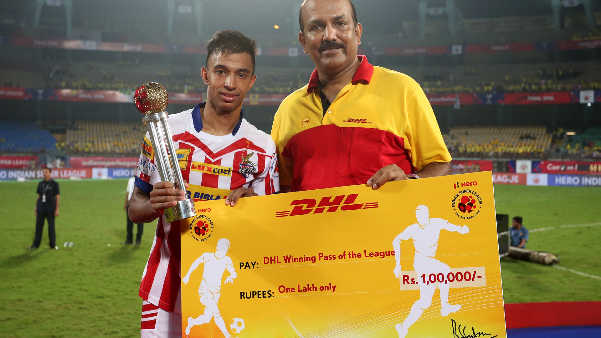 Sameehg Doutie Winning Pass of the ISL season 3 2016 award