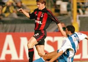 Helveg cetak gol tunggalnya untuk Milan.