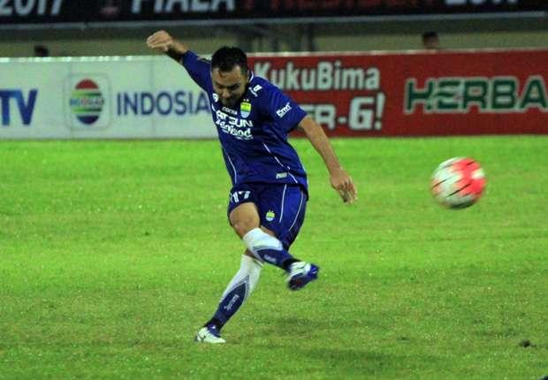 Shohei Matsunaga disiapkan menjadi mesin gol Persib Bandung sebagai pelapis Sergio van Dijk