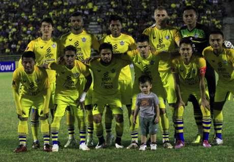 Persegres Benamkan Persija Di Stadion Manahan