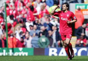 Fernando Morientes | Dibeli dari Real Madrid, 2005 | Main 61 / Gol 12 | FLOP | Setelah melepas Michael Owen ke Real Madrid, Morientes datang ke Liverpool. Striker Spanyol itu diharapkan mampu mengisi perang Owen yang hengkang, tapi gagal beradaptasi de...