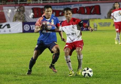 Ahmad Bustomi Ingin Bertahan Di Arema FC