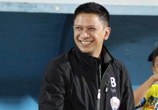 Iwan Budianto menyebutkan Arema Cronus akan mendatangkan dua pemain asing baru
