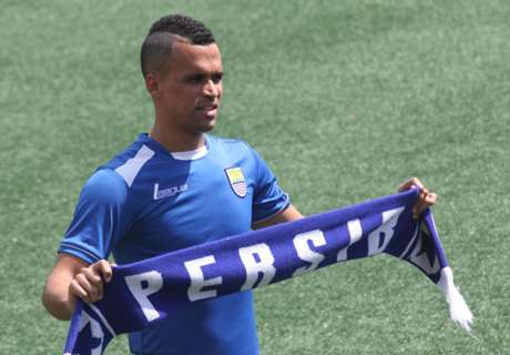 Persib Bandung Gasak Bali United