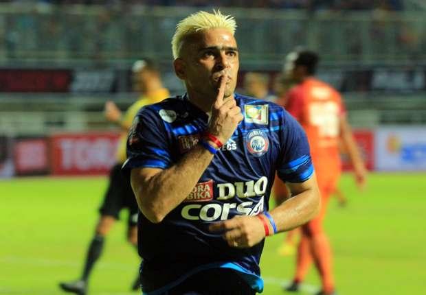 Cristian Gonzales menjadi topskor Piala Presiden