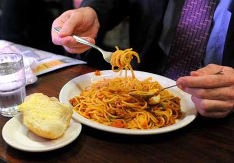 Keracunan Makanan, Luksemburg Terancam Batal Lawan Belarusia
