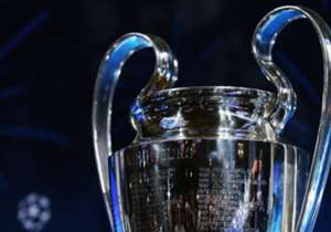 Siapa akan bertemu siapa di 16 besar Liga Champions? Kans hadirnya duel panas dini sangat besar setelah Real Madrid dan Bayern Munich hanya finis kedua di grup masing-masing. Sambil menunggu undian pada Senin (12/12) mendatang, mari kita simak kemungki...