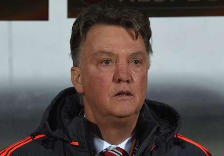 Shearer: Tak Dipecat, Van Gaal Beruntung