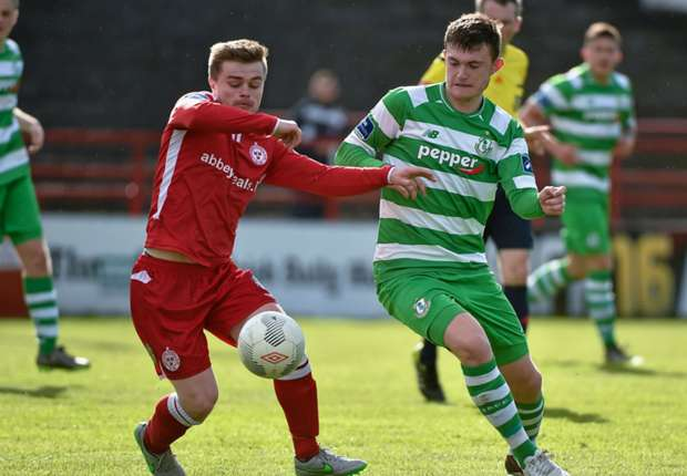 Heaney pens new Shamrock Rovers deal