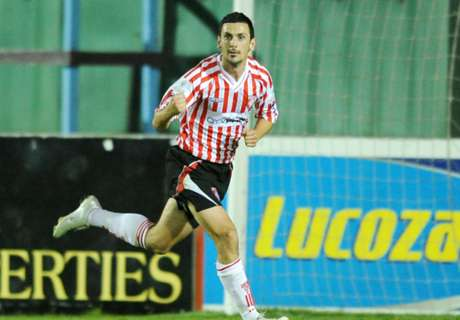 Derry City retire Farren's number