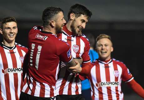 Aaron Barry signs new Derry deal