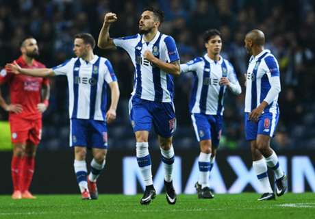 Silva on form as Porto hammer Leicester