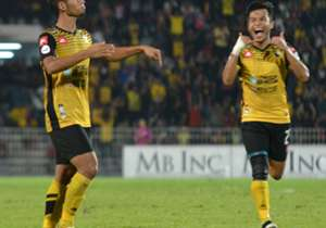 Perak playes celebrating their goal against JDT