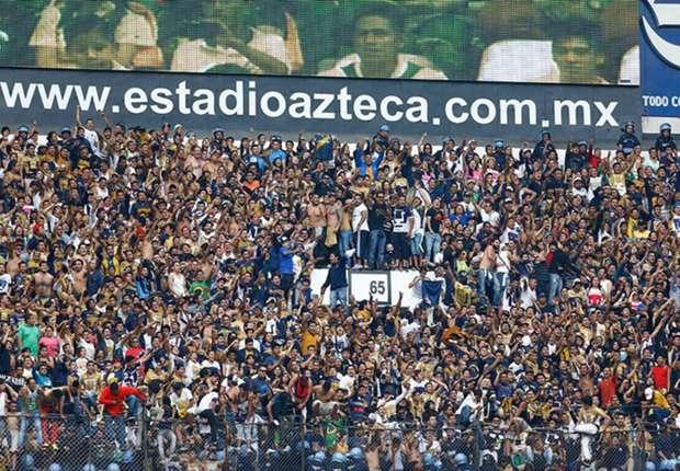 La afición de Pumas ocupó la cabecera sur del Estadio Azteca.