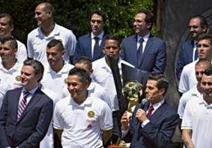 Tras el título de la Concacaf Liga de Campeones, la plantilla y directiva azulcremas fueron recibidos el presidente Enrique Peña Nieto en la residencia oficial.