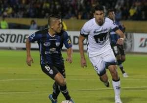 En la ida de los cuartos, frente a Pumas, un doblete de Angulo le daba una buena ventaja a Independiente, pero Fidel Martínez marcó el descuento para el visitante y dejó la serie abierta.