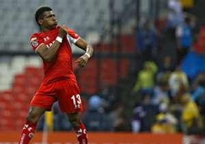 WILDER GUISAO | Racing | Tras la salida de Roger Martínez, el club de Avellaneda sumó al joven delantero colombiano para sumar variantes en ofensiva.