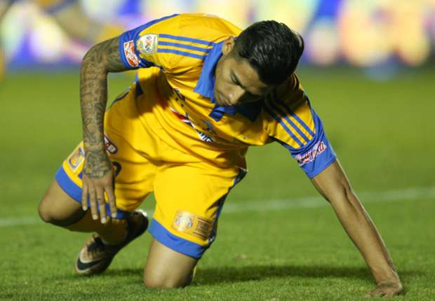 Aquino out of Mexico friendly with injury