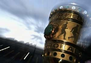 DFB Pokal | Bayer Leverkusen | El ariete llegó a 12 certámenes diferentes en los que dejó su nombre. El mexicano lleva 4 goles en la Copa de Alemania, el último ante el Werder Bremen en Cuartos de Final.
