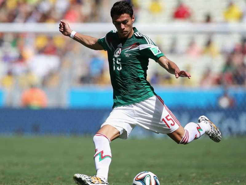 Hector Moreno injury not serious