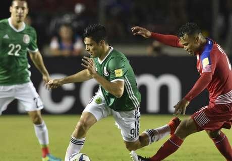 Raúl Jiménez mostró su herida