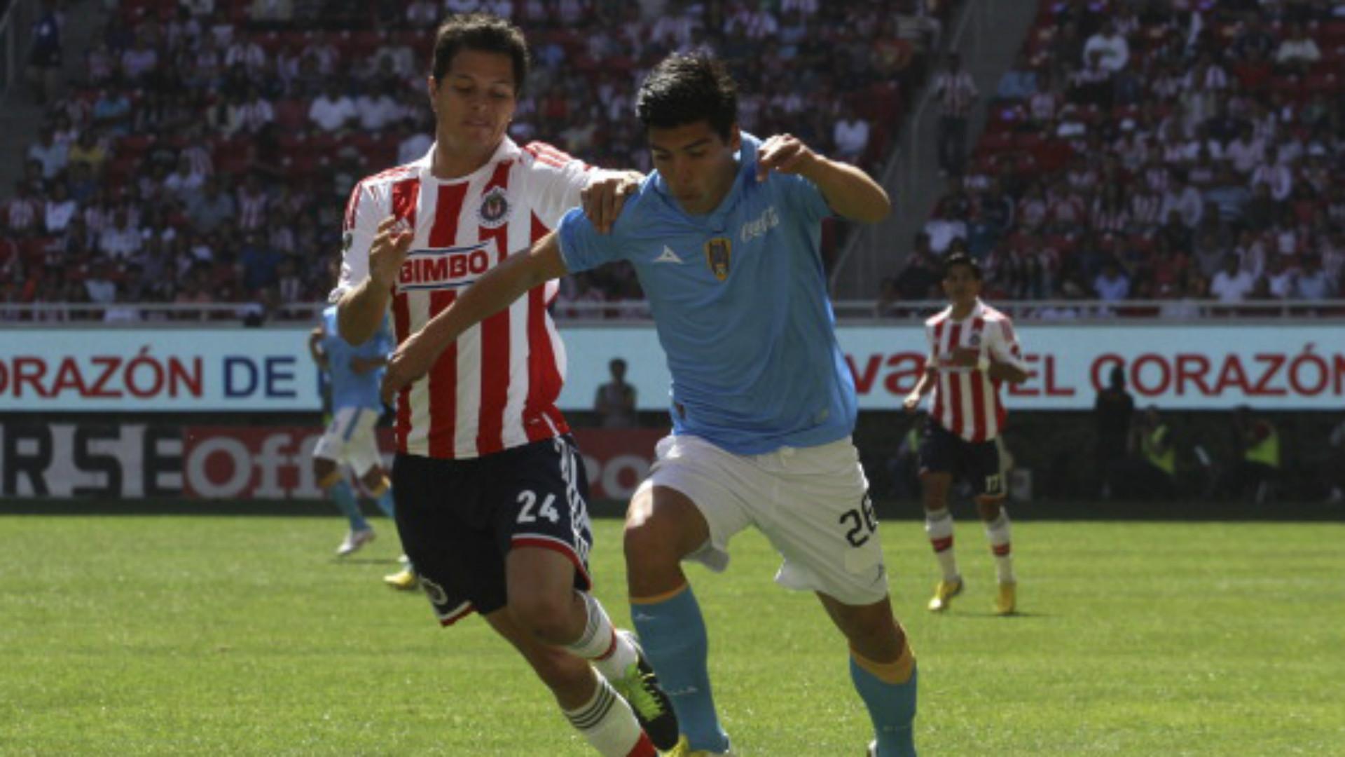 Pumas está salado en Jalisco; pierde ante Chivas 2-1