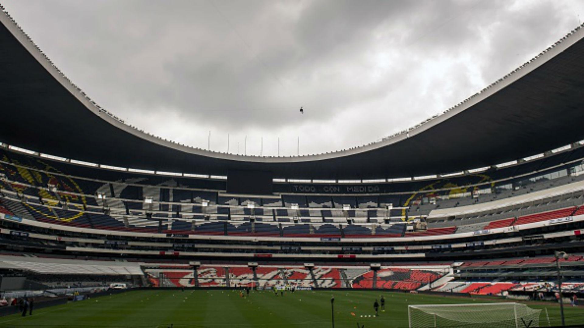 Osorio los jugadores pidieron salir del azteca for Puerta 1 estadio azteca