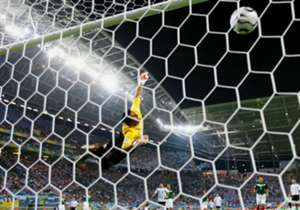 Confira os atacantes mais efetivos do Campeonato Brasileiro de 2015, dentre os que fizeram mais de três gols no torneio, segundo os números e estatísticas da Opta