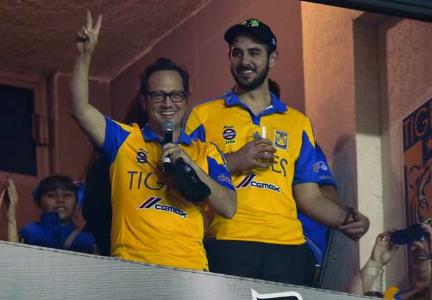 Rob Schneider And Adam Sandler Tigres