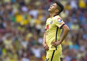 Oribe Peralta l Pese a que su cuota goleadora no es del todo mala, no ha desquitado los más de 10 MDD que pagaron por sus servicios.