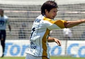 Hoy al frente de Pachuca, el exdelantero de la UNAM tuvo un paso afortunado por la escuadra universitaria. ¿Sentimientos encontrados?