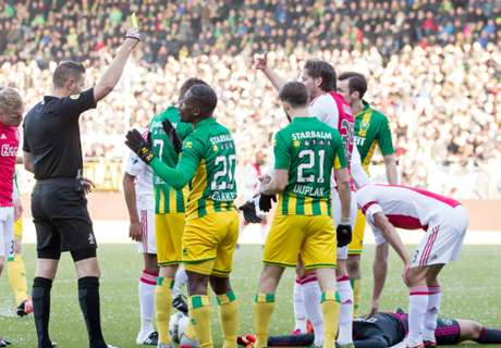 Eredivisie: Ajax Solid Di Puncak