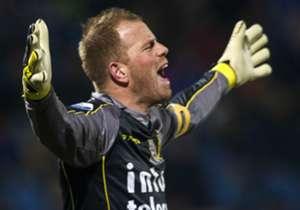 Ten Rouwelaar speelde 238 opeenvolgende Eredivisieduels (21420 minuten) zonder een minuut te missen, een Eredivisierecord.