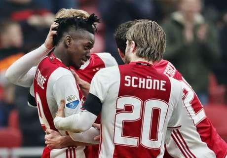 REVIEW: Ajax Terus Tempel Feyenoord