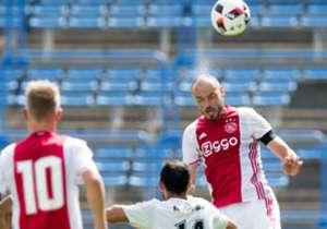 NICHT ZU BEWERTEN | HEIKO WESTERMANN | Abwehr | Ajax Amsterdam | Pflichtspieleinsätze: 5 | Tore: 0 | Der Innenverteidiger saß beim 5:1-Sieg gegen Zwolle 90 Minuten auf der Bank
