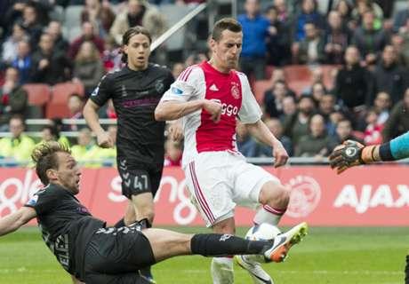 Ajax Pastikan Arek Milik Bertahan