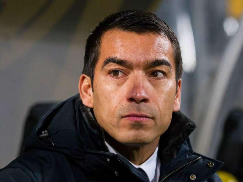 """Van Geel: """"Van Bronckhorst heeft veel krediet"""""""