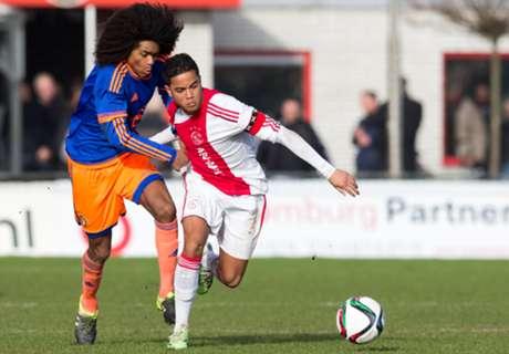 VIDEO: Kluivert's son scores solo goal